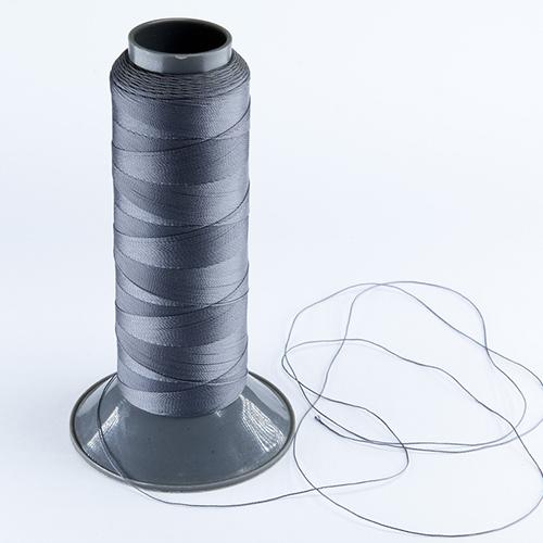 Filo per cucire realizzato in nylon