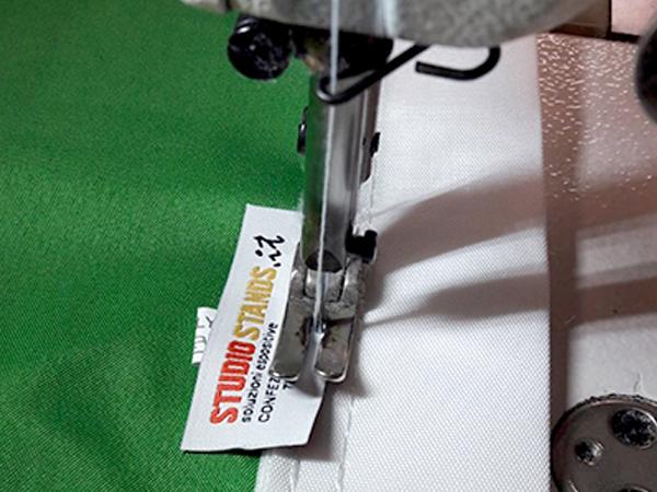 confezione etichette tessute
